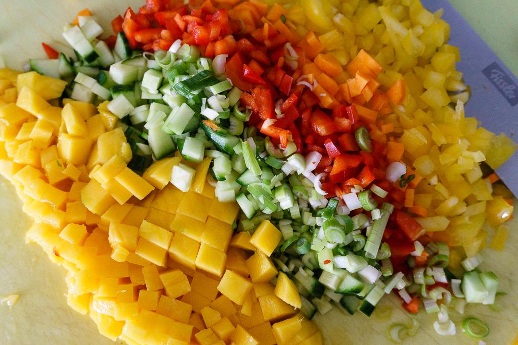 schneller und sommerlicher quinoa mango salat lydia loves coconut. Black Bedroom Furniture Sets. Home Design Ideas